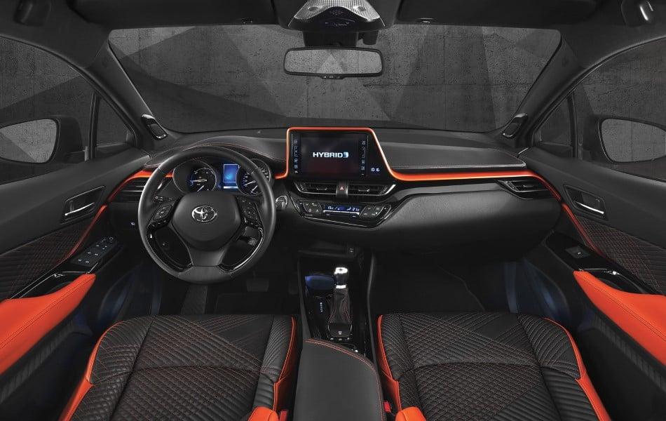 Toyota C-HR Hy-Power Konsepti - İç Mekan