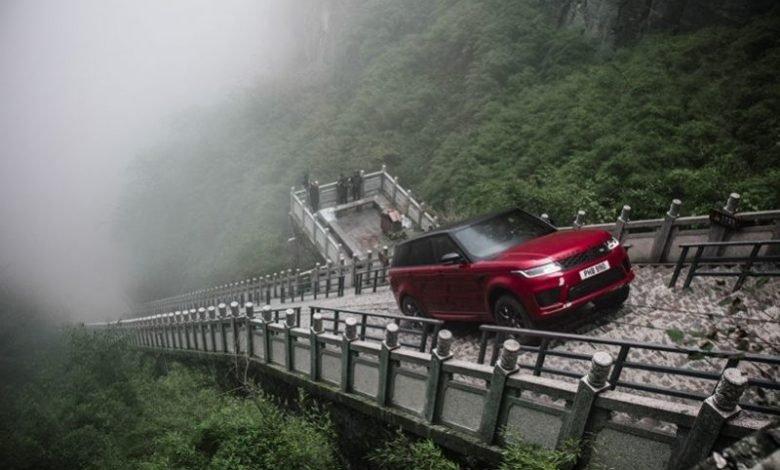 Photo of Türkiye'ye de Giriş Yapan Yeni Range Rover Sport PHEV Çin'de Cennet Kapısını Tırmandı!