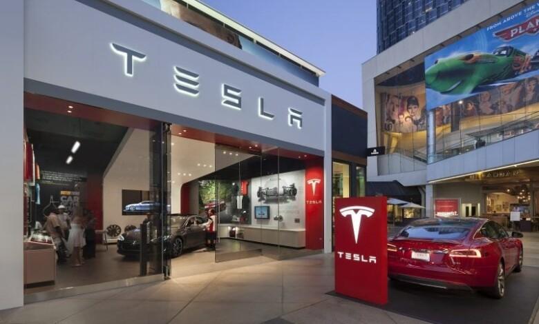 Photo of Uzmanlar Teslanın İnternetten Satışa Odaklanmasını Değerlendirdi