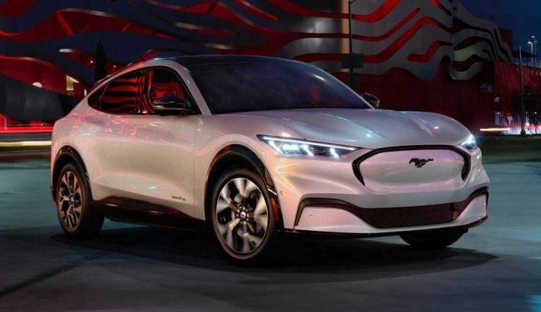 Photo of 2021 Ford Mustang Mach-E Elektrikli SUV Görüldü – Fiyat Bilgisi