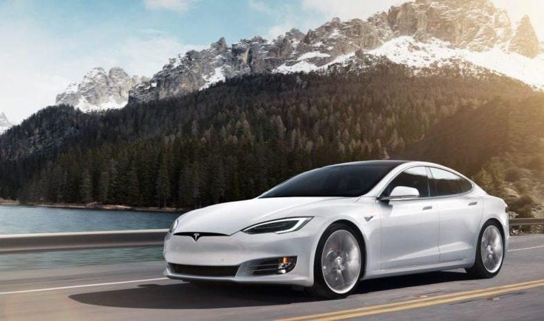 Photo of Tesla Model S'ye Yeni Yazılım Güncellemesi ile 50 Beygir Güç Eklendi!