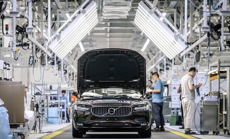 Photo of Volvo Koronavirüs Nedeniyle 4 bin 100 Kişiyi İşten Çıkaracak