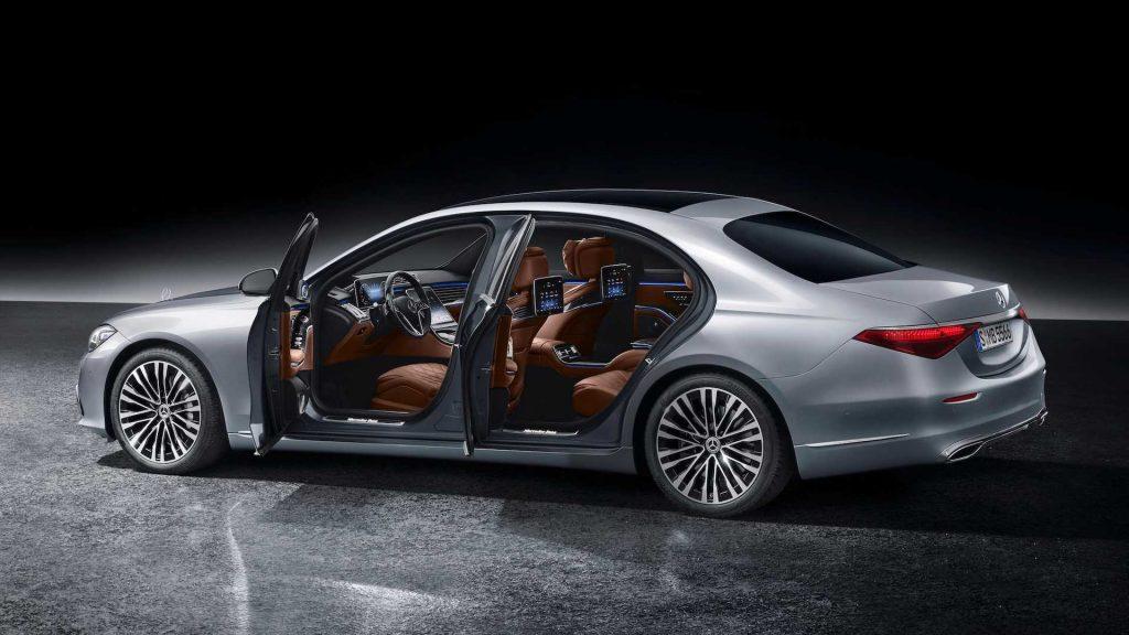 Yeni Mercedes-Benz Serisi